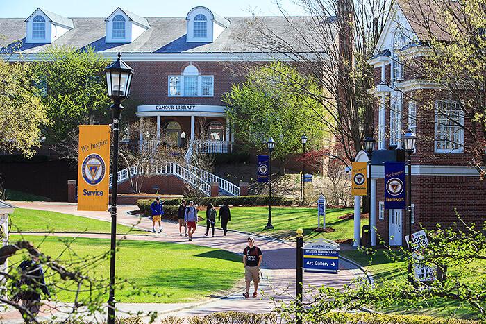Du - hoc - Western - New England - University