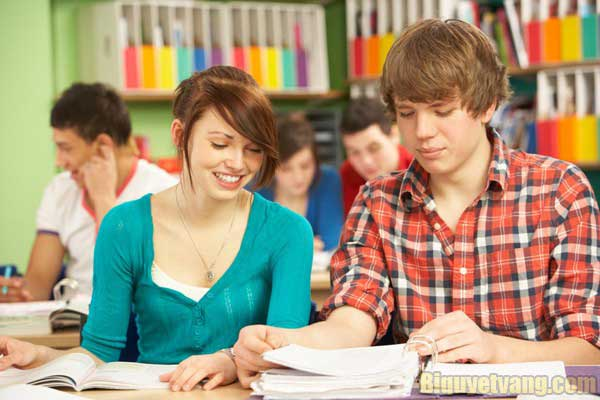 Học tiếng Anh giao tiếp: Phản xạ nhanh qua 4 bước