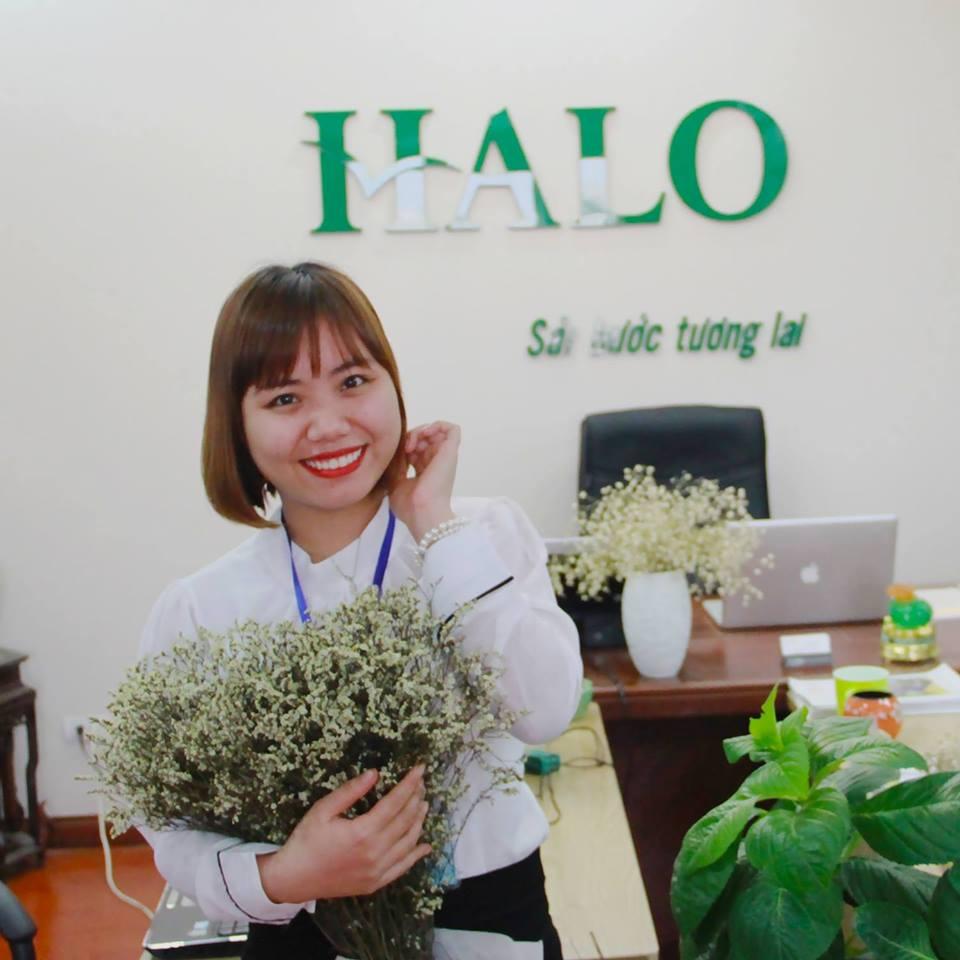 Chị Mai Hồng trưởng phòng tư vấn du học HALO