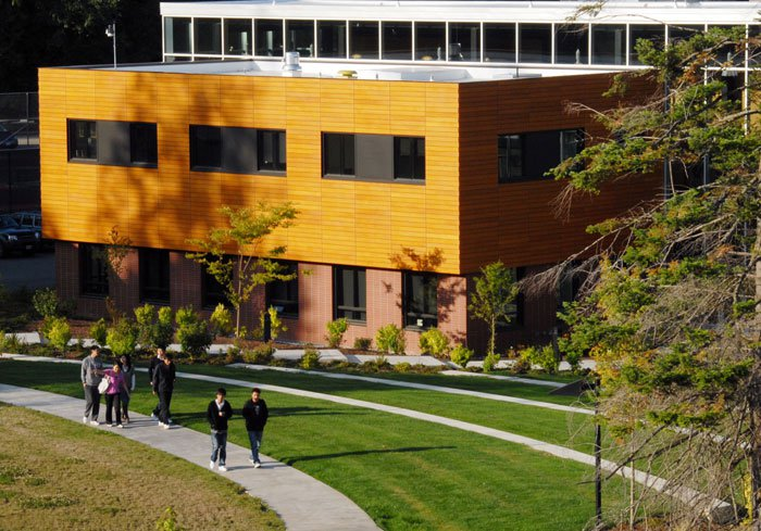 Khám phá Cao đẳng Cộng đồng Peninsula College